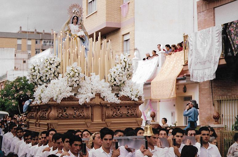 Procesión de Ntra. Sra. del Rosario en el año 1993.