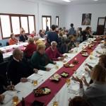 Aspecto del salón parroquial durante el almuerzo de Adviento