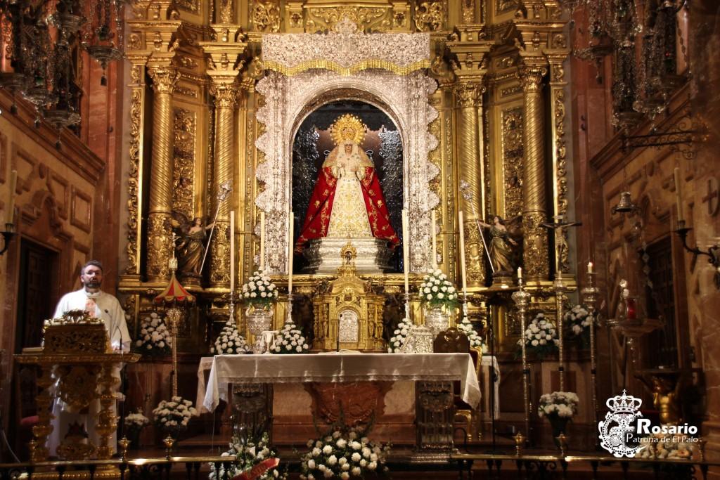 Celebración de la Eucaristía en la Basílica de la Macarena.