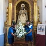 Ofrenda floral de los capitanes de El Palo F.C.