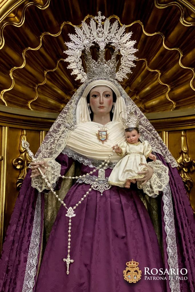 Ntra. Sra. del Rosario ataviada para los fieles difuntos.