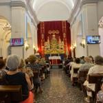 Interior de la Parroquia de las Angustias durante la celebración de uno de los días de Triduo.