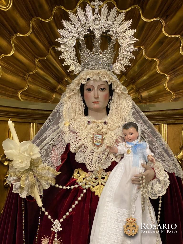 Ntra. Sra. del Rosario ataviada para la fiesta de la Candelaria.